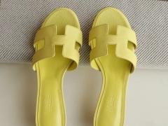 夏季旅游必备凉拖 H中跟4.5cm 女拖鞋凉拖鞋 Epsom 柠檬黄 34-42码