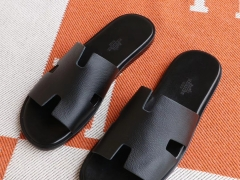 HERMES 现货、H家男士拖鞋 Epsom皮 黑色 38-46码 休闲时尚风格 非常拉轰!