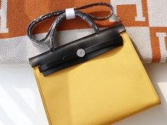 HERMES 夏季必备百搭款 Herbag 31cm 帆布系列 特别轻便 休闲款式