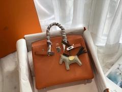 永不过气的经典橙 H家代表色 Ck93橙色 银扣 birkin25CM 原厂Togo皮 铂金包 纯手缝蜡线缝制工艺