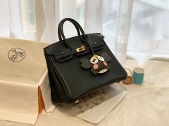 HERMES birkin 25cm swift皮 手工缝制 zp做法 金扣  黑色永远没有终点 对黑色简约经典的美感入了迷…… 黑色低调奢华无人不爱