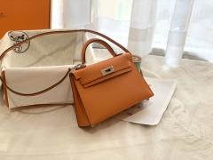 爱马仕HERMES必须拥有的小包包 mini kelly 二代 19cm 银扣 ?93橙色 靓丽经典色